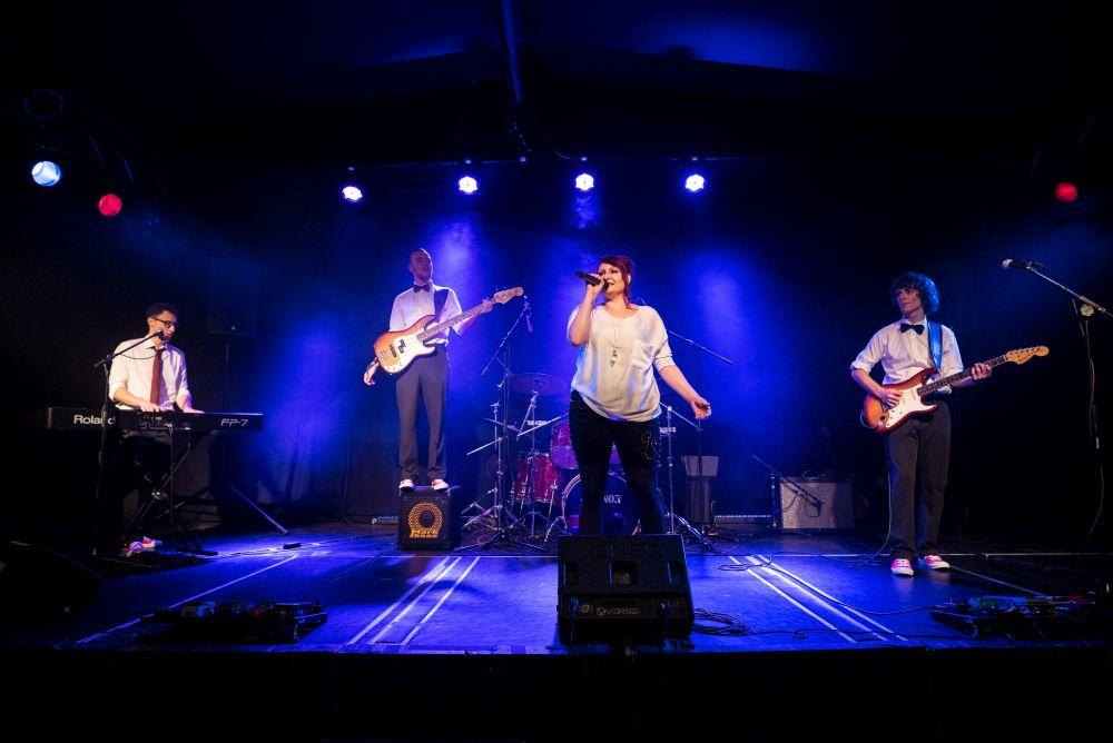 Coverband Eventband Partyband in Hamburg buchen