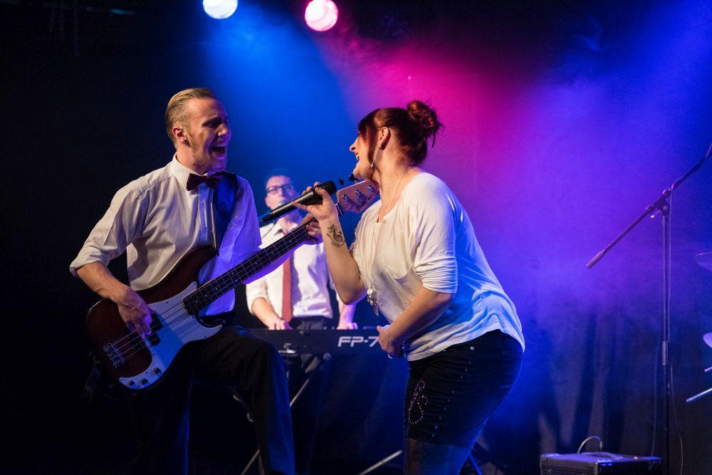 Coverband Eventband Partyband in Kiel buchen